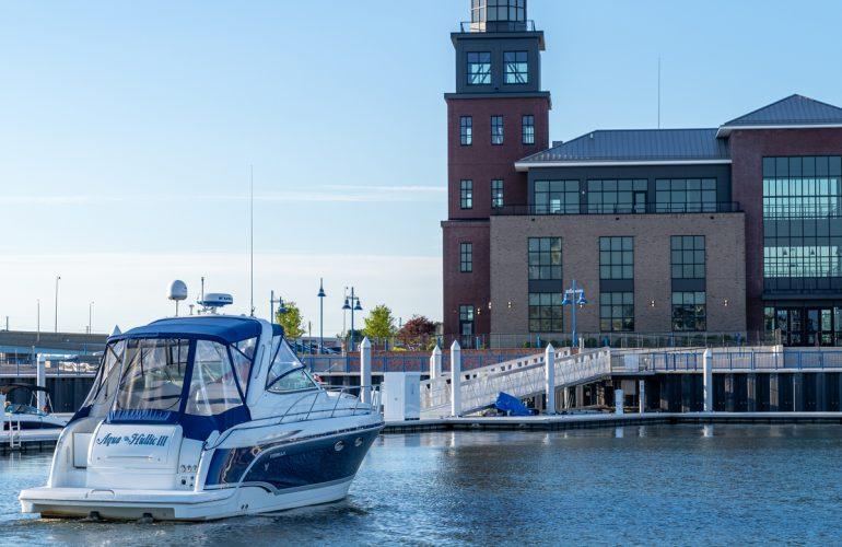 The Aqua Hullic III approaches the docks at Bridgeport Harbor Marina